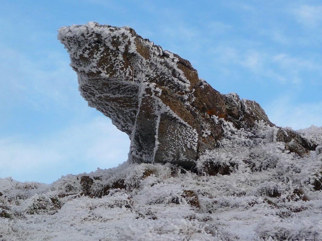 roc-gardien-lieux-balade-givrante-vers-montaut