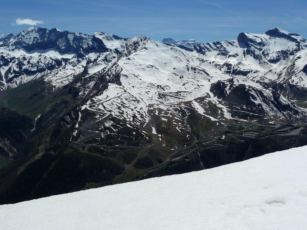 panorama-depuis-crete-muraille-barroude-piau-cylindre-marbore-soum-salettes-boucle-traoues-vipere-neige