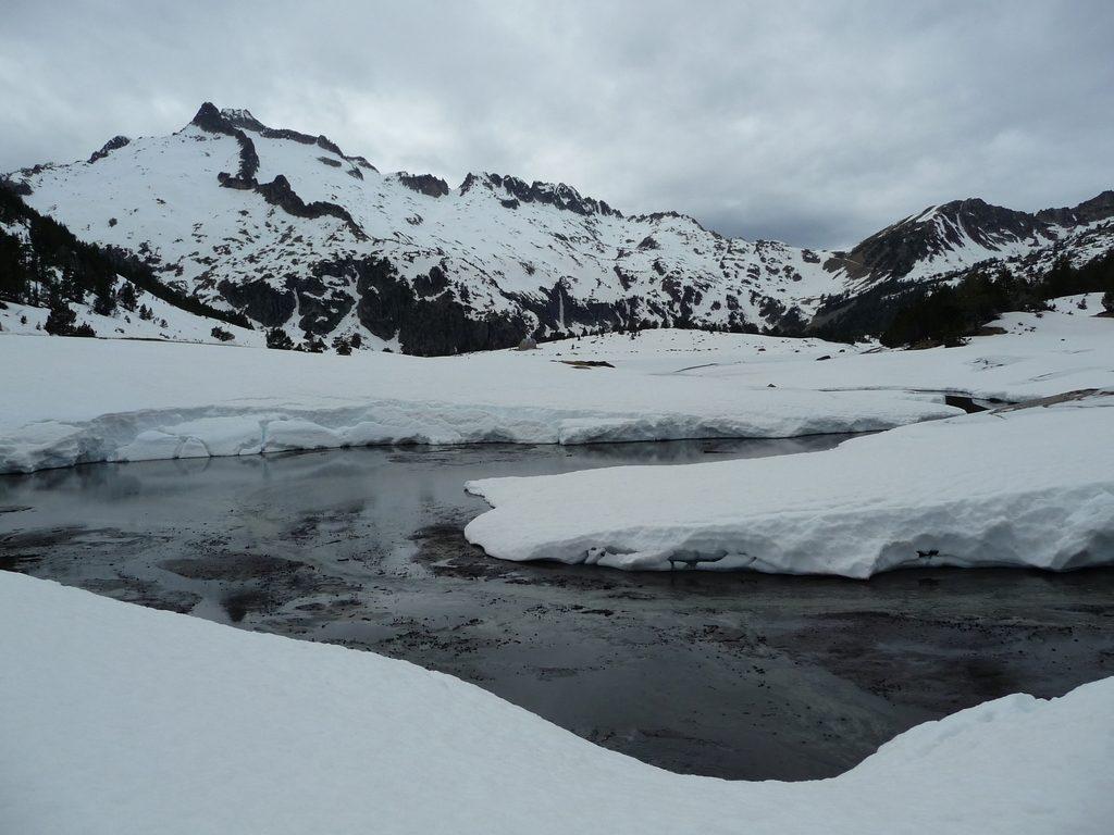 au-bord-lac-aumar-destination-raquettes-vallon-estibere