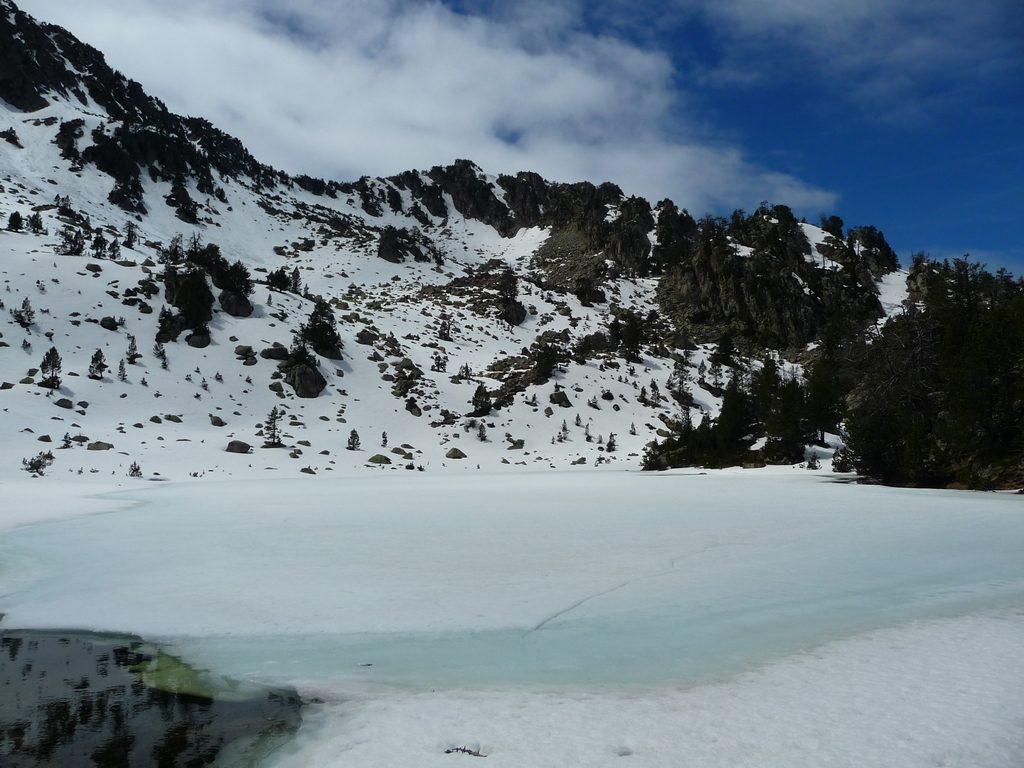 lac-anglade-destination-raquettes-vallon-estibere