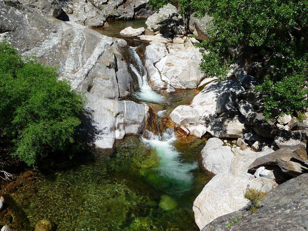 piscines-naturelles-gorges-heric-caroux