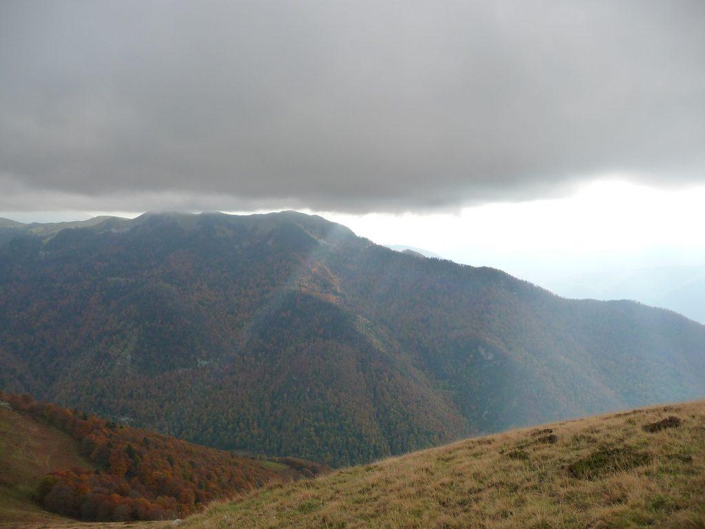 du-cote-pene-camous-entree-vallee-aure-montaut
